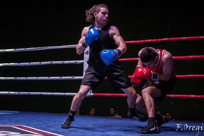 Jendetza eta borrokaldi zirraragarriak zapatuko boxeo-jaialdian - 11