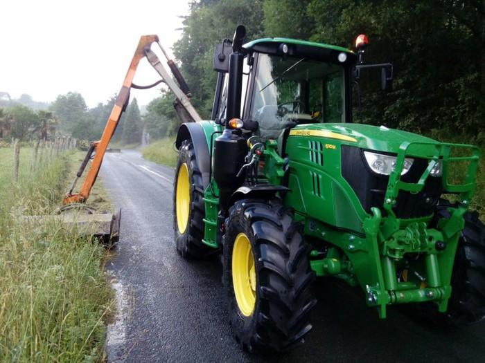Traktorea erosi du Debemenek