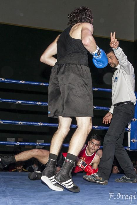 Jendetza eta borrokaldi zirraragarriak zapatuko boxeo-jaialdian - 12
