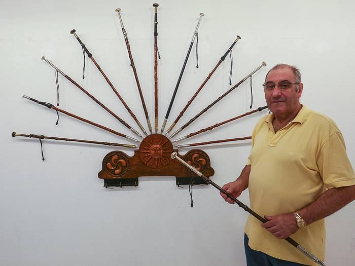 Euskal Makila sorta ikusgarria ipiniko du Aitor Amorrek ikusgai, bere ibilbideari agur esateko erakusketan