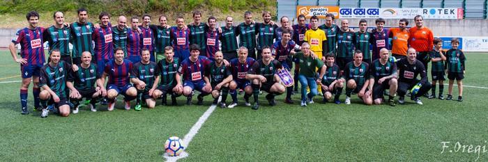 Soraluze futbol taldeak 40. urteurreneko ospakizuna egin zuen Ezozin - 8