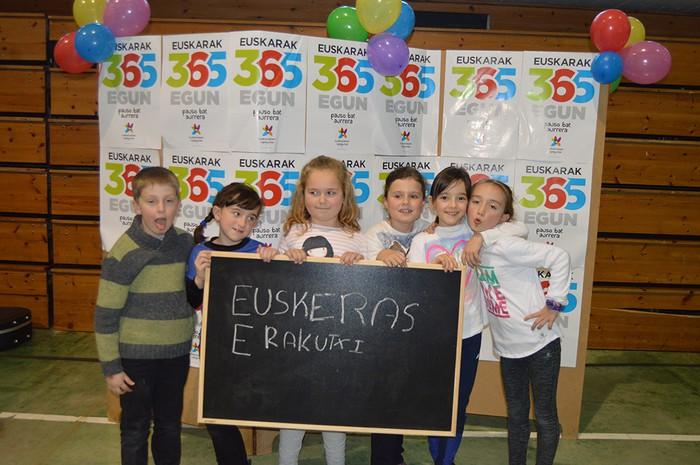 Euskararen Eguneko argazkiak (1/3): photocalla - 8