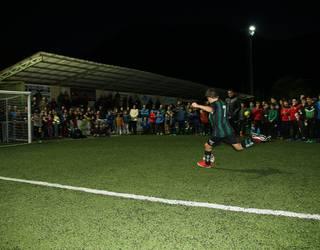Ehunka futbolzale elkartuko dira bihar Ezoziko futbol zelaian