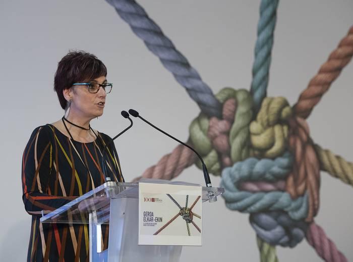 Beatriz Akizu elkarrizketatu dute Euskadi Irratiko Bihotzeko Fonoteka saioan