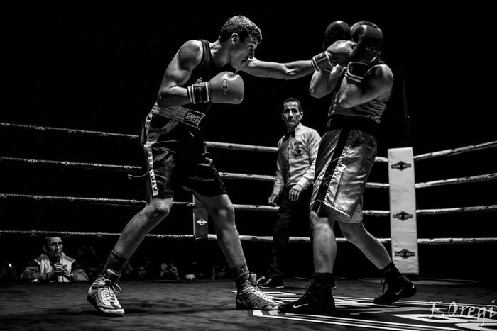 Jendetza eta borrokaldi zirraragarriak zapatuko boxeo-jaialdian - 20