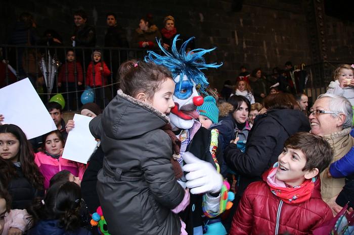 Porrotxek barreiatutako poza Estaziñoko parkearen inaugurazio festan - 37