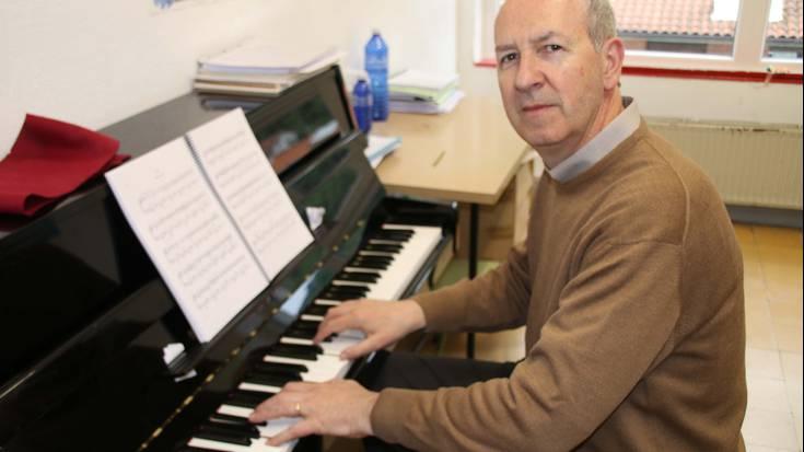 """""""Pianoa jotzen dudanean denbora beste modu baten pasatzen da"""" Juan Carlos Astiazaran"""