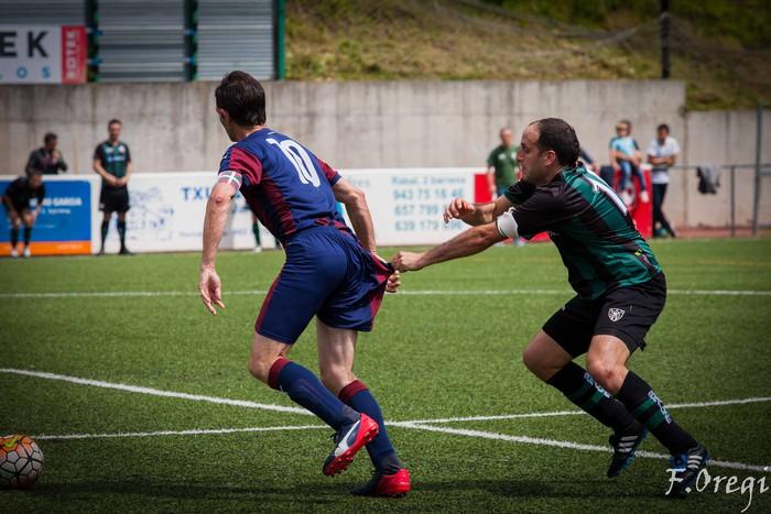 Soraluze futbol taldeak 40. urteurreneko ospakizuna egin zuen Ezozin - 3
