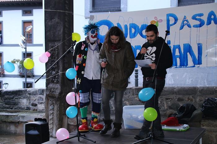 Porrotxek barreiatutako poza Estaziñoko parkearen inaugurazio festan - 20