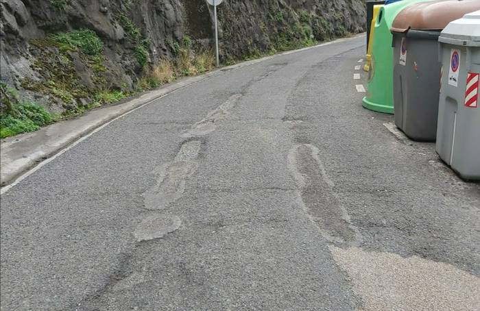 Kaleak asfaltatzeko lanak