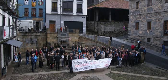 Pentsioen etorkizuna bermatzeko protestan segitzen dute