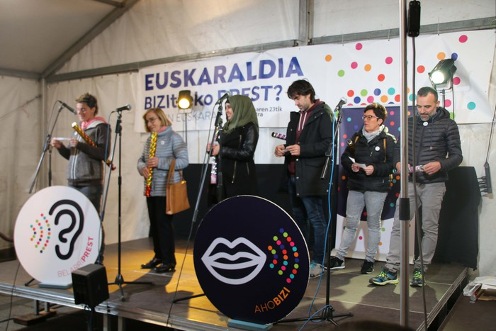 Euskaraz gozatzeko deia Euskaraldiaren hasierako ekitaldian - 11