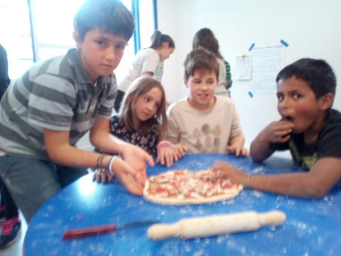 Pizzak egiten ikasi dugu - 2