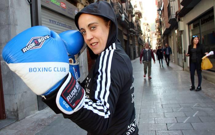 """Ixa Rodriguez: """"Kirol bortitza dirudi, baina guztiz kontrakoa da boxeoa"""""""