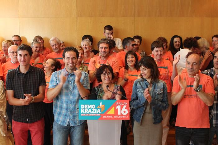 Gure Esku dagok Kataluniako erreferenduma babesteko elkarretaratzea deitu du astelehenerako