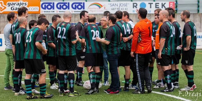 Soraluze futbol taldeak 40. urteurreneko ospakizuna egin zuen Ezozin - 26