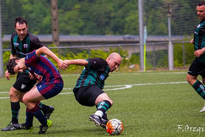 Soraluze futbol taldeak 40. urteurreneko ospakizuna egin zuen Ezozin - 20