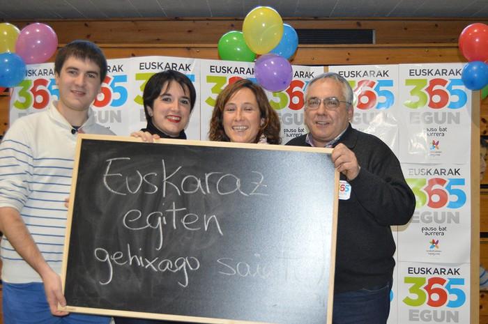 Euskararen Eguneko argazkiak (1/3): photocalla - 9