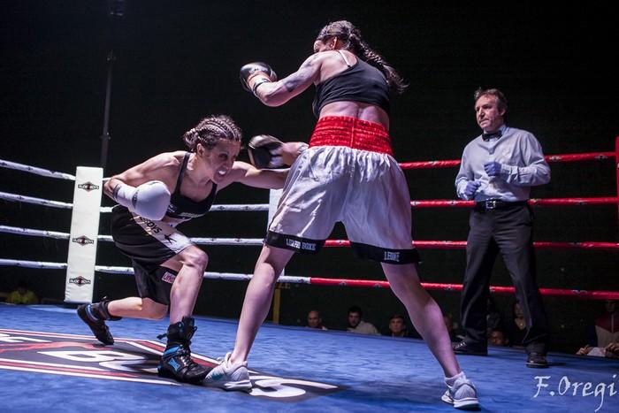 Jendetza eta borrokaldi zirraragarriak zapatuko boxeo-jaialdian - 25
