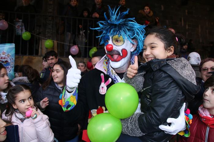 Porrotxek barreiatutako poza Estaziñoko parkearen inaugurazio festan - 36