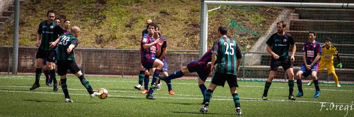 Soraluze futbol taldeak 40. urteurreneko ospakizuna egin zuen Ezozin - 24