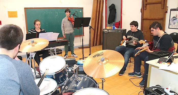 Musika Tantak, formatu txikiko kontzertuak