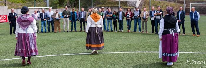 Soraluze futbol taldeak 40. urteurreneko ospakizuna egin zuen Ezozin - 15