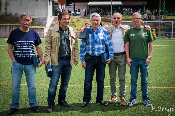Soraluze futbol taldeak 40. urteurreneko ospakizuna egin zuen Ezozin - 17