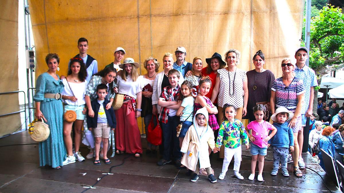 Bizikale Azoka eta desfilea argazkitan