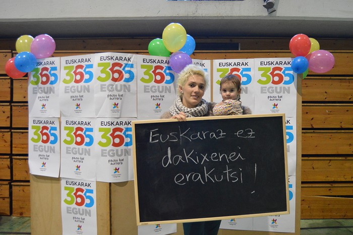 Euskararen Eguneko argazkiak (1/3): photocalla - 6