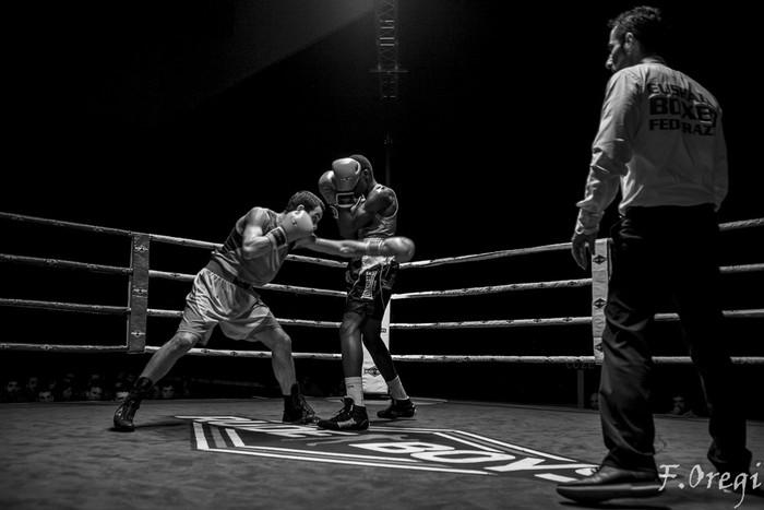 Jendetza eta borrokaldi zirraragarriak zapatuko boxeo-jaialdian - 4