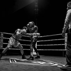 Jendetza eta borrokaldi zirraragarriak zapatuko boxeo-jaialdian