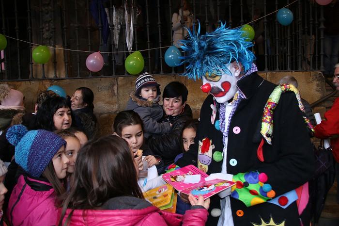 Porrotxek barreiatutako poza Estaziñoko parkearen inaugurazio festan - 42