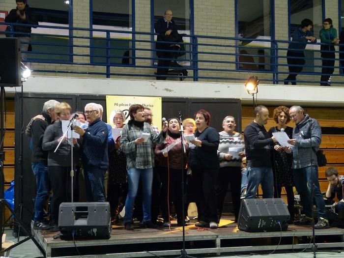 Euskararen eguneko argazkiak (2/3): ekitaldiak - 72